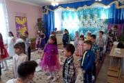 Праздничный утренник, посвященный Дню 8 Марта в подготовительной к школе группе